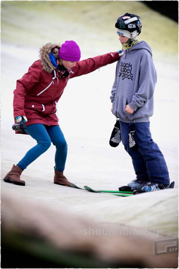 Pix: Shaun Flannery/shaunflanneryphotography.com COPYRIGHT PICTURE>>SHAUN FLANNERY>01302-570814>>07778315553>> 16th November 2014 British Freeski Camp Halifax Ski and Snowboard Centre British Freeski Coach Becky Bennett with Mason Flannery